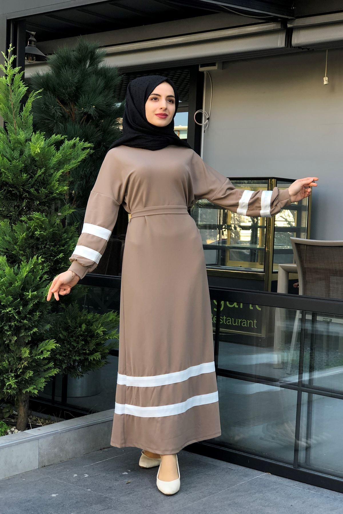 Şeritli Tesettür Elbise - Vizon