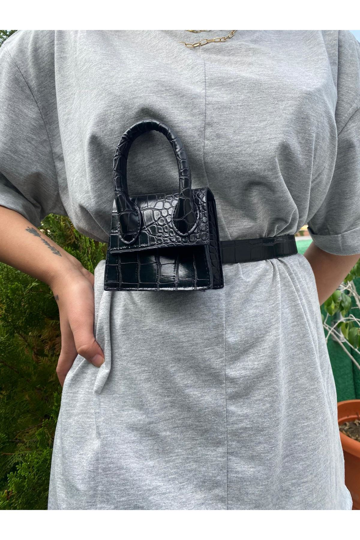 Mini Zincirli Kemerli Çanta - Siyah