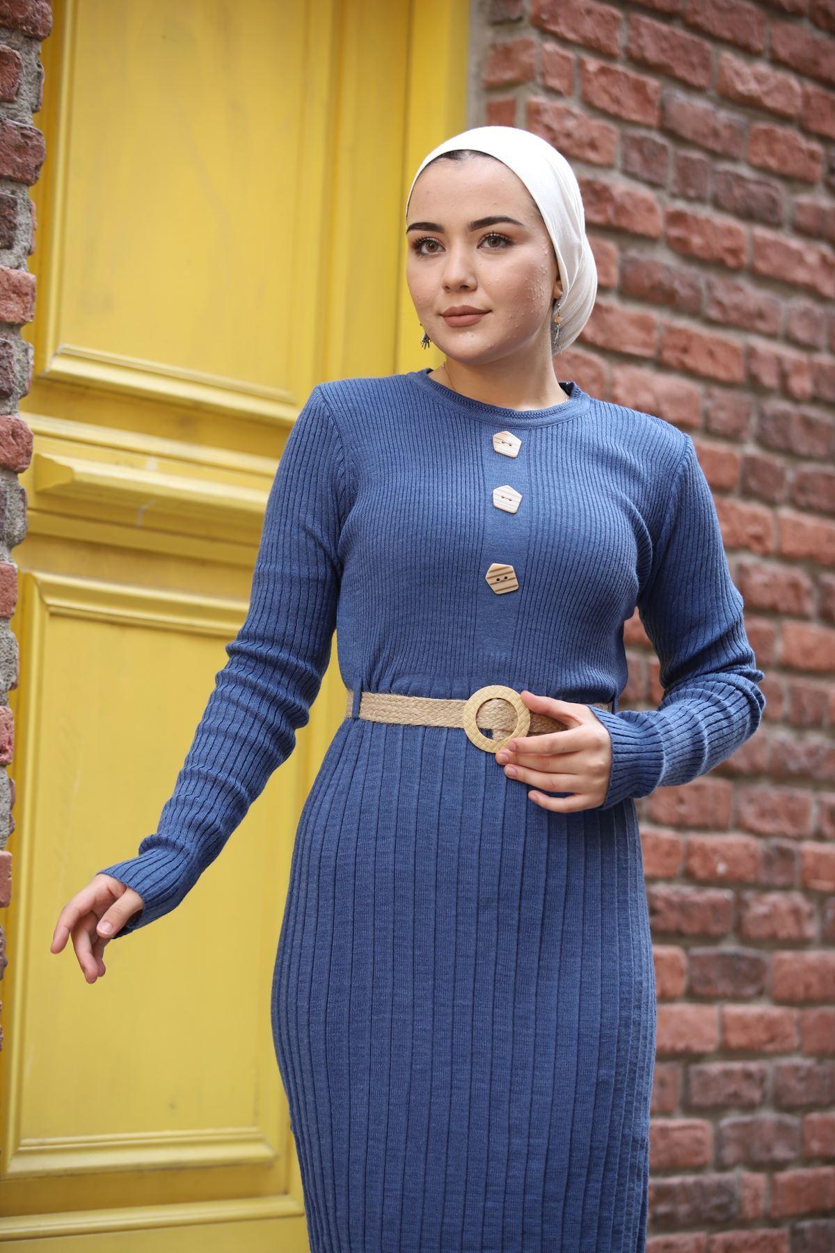 Taş Düğmeli Kemerli Triko Elbise - İndigo