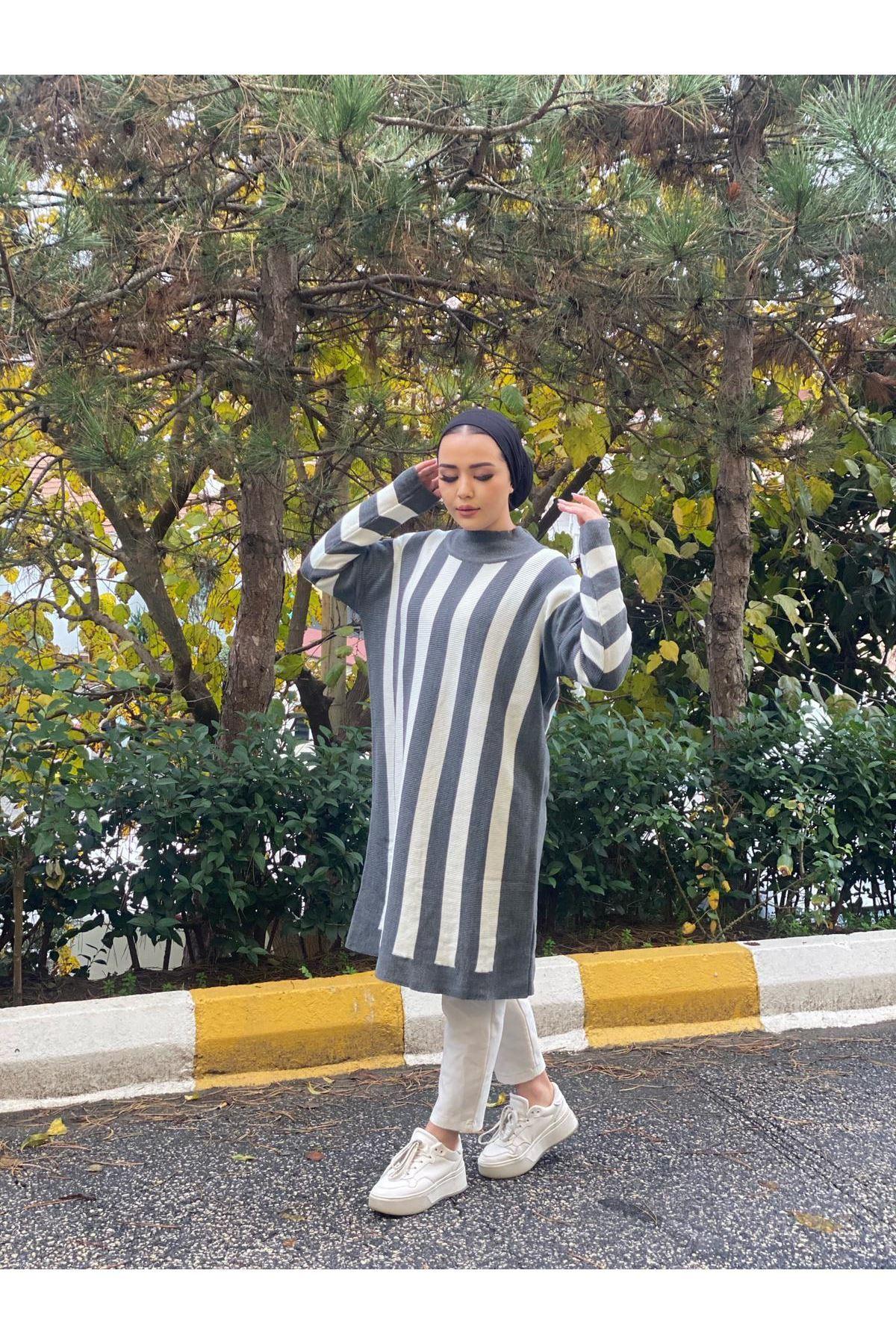 Çizgili Oversize Triko Tunik- Gri-Beyaz